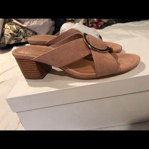 Anthropologie Shoes - Anthropologie Jessie heeled sandals